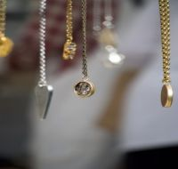 Top 10 Jewelry Shops